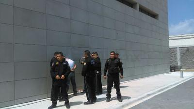 El simulacro estuvo a cargo del Capitán Fernando Escobar García Jefe de Seguridad del Poder Judicial del Tribunal de Justicia.