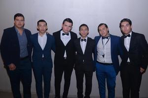23092017 SE DIVIERTEN.  Carlos, Conrado, Lisandro, Roberto, Mauri y Humberto.