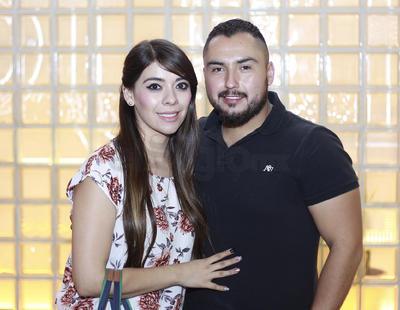 Natalia Quiñonez y Óscar Frayre.
