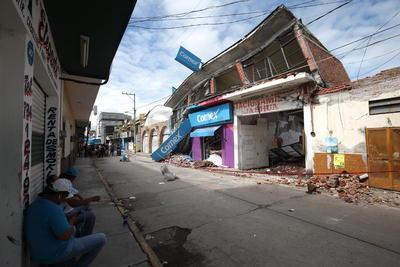 Se registran 350 edificios colapsados en su totalidad.