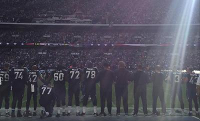 Esta vez también se les unieron en la protesta algunos entrenadores en jefes y varios dueños de los equipos de la NFL.