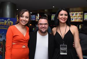 Erick Sotomayor Ruiz  FENACINE. Miriam,Paco y Leslie.