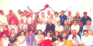 FAMILIA  PAGADO