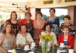 Erick Sotomayor Ruiz  CUMPLEAÑOS JUANA MARIA ENRIQUEZ MESTAS. Acompañada de amistades y familiares.