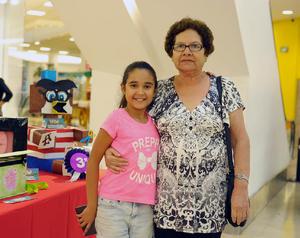 26092017 Alondra y María Elena.