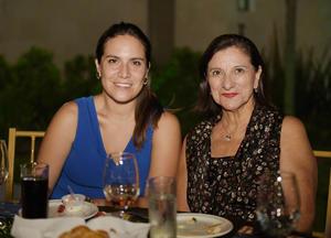 26092017 Adriana y Pily.