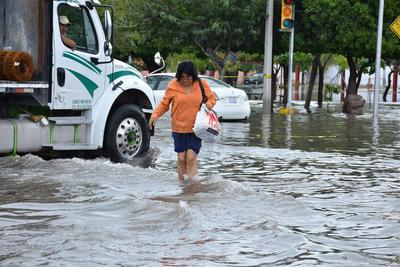 La lluvia que se registró la tarde del martes en gran parte de la Comarca Lagunera provocó de nueva cuenta encharcamientos severos e inundaciones en distintos sectores de la región.