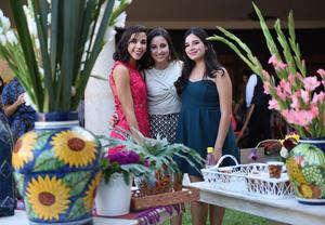 Isabel, Pilar y Valeria