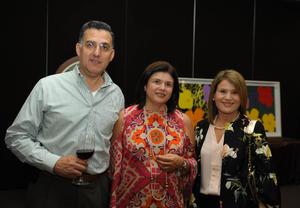 Alejandro, Lourdes y Mónica