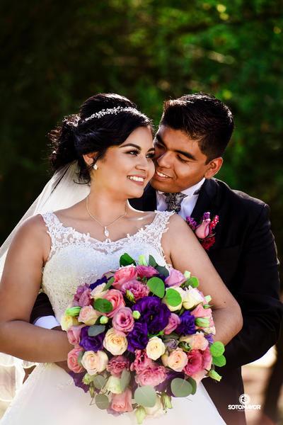 08102017 Ing. Ind. Liliana Montoya Luna e Ing. Civil Osbaldo Israel de la Cruz Aguilera se casaron el 30 de septiembre del presente año. - Erick Sotomayor Fotografía