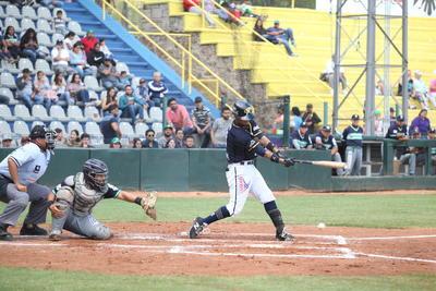 En el quinto episodio, el segunda base de Rieleros abrió la tanda con un infield hit a las parados cortas, en seguida llegó un doblete de Amilcar Gómez.