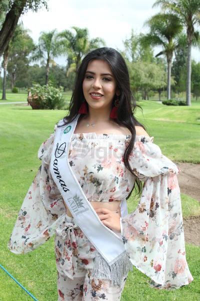 Laura Diana Macías Carreón, reina de Comité de Damas.