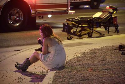 Tiroteo en Las Vegas ha cobrado la vida de 50 personas, mientras que más de 200 resultaron lesionadas.
