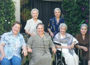 01102017 REUNIóN FAMILIAR.  Juanita, Leonor, Tila, Mela, Graciela y Nena García Rodríguez.