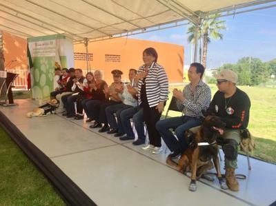 El homenaje se llevó a cabo en el Bosque Urbano Ejército Mexicano de Saltillo a las 10 de la mañana del domingo.