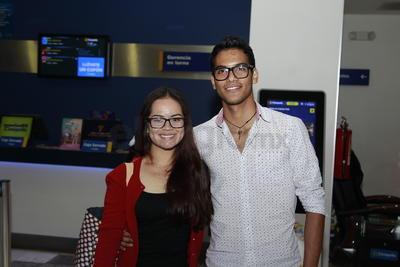 Cinthia Martínez y Luis Alcazar.