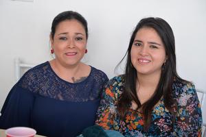 06102017 Victoria y Cristina.