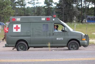 Solo uno de los miembros de la tropa fue localizado con vida, ante lo cual se le trasladó -gravemente lesionado- vía aérea a la ciudad de Mazatlán, Sinaloa, en un helicóptero propiedad del Gobierno Estatal.