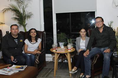 Erick, Sofía, Adriana y Gabriel.