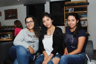 Nereida, Jazmín y Andrea.