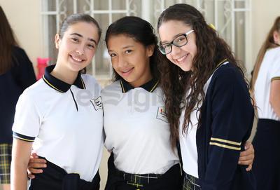 Amalia, Lizeth y Sofía.