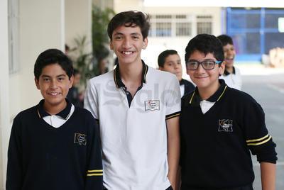 Eduardo, Genaro y Dani.