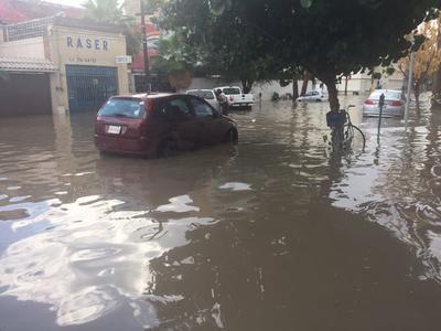 Conagua registra una captación de 30.5 milímetros en hora y media de lluvia tan sólo en Torreón.