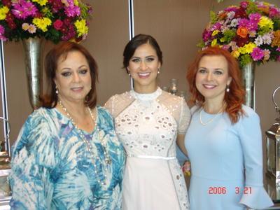 12102017 Daniela con Alejandra y Maru.