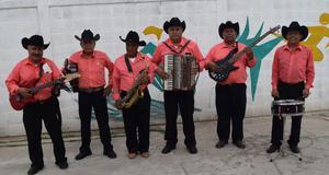 13102017 Rondalla Amistad de los jubilados de San Pedro de las Colonias, Coahuila, bajo la dirección de Gerardo Carrillo.