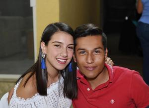 Dora y Juan Pablo.