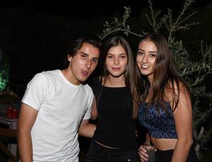 Pedro, Rosse y Ale