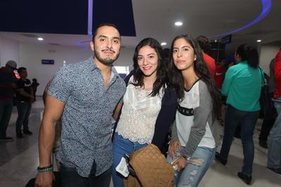 Oliverio, Samantha G. y Samantha B.