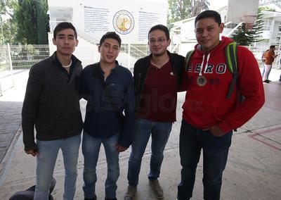 Sebastián, Aarón, Samuel y Ulises.