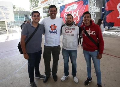 Julio, Juan Carlos, Urbina y Benja.