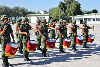 Entonaron el Himno Nacional en la célebre ceremonia.