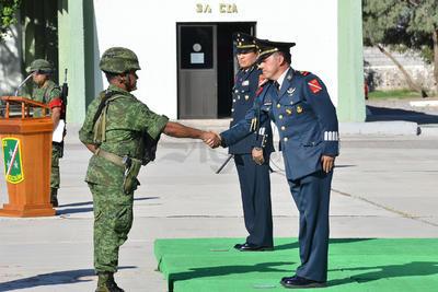 Presentación con los responsables de las unidades militares del 33 Batallón.