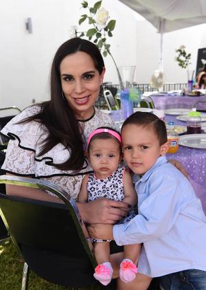 26102017 Martha, Mariana y Mateo.