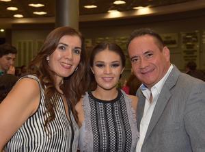 27102017 Samuel, Sofía y Carmen García.