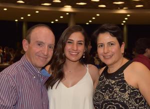 27102017 Gerardo, Andrea y Georgina.