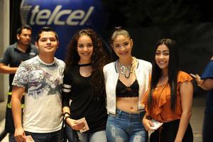 27102017 MUY CONTENTOS.  Ómar, Andrea, Fernanda y Ana.