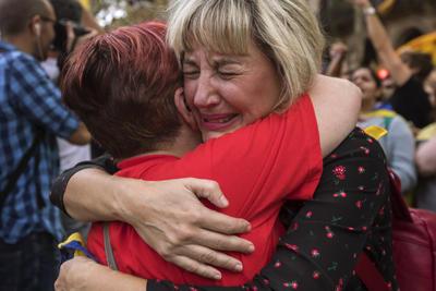 Pero el ambiente en Cataluña es para algunos, de fiesta y emotividad.