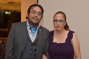 Jose Antonio Candelas y Diana Mireles.