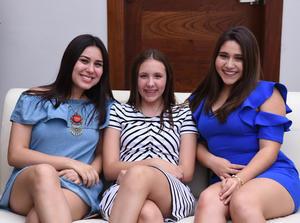 Andrea, Daniela y Paulina.