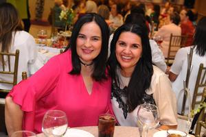 28102017 RECIENTE EVENTO SOCIAL.   Ana y Marcela.