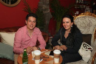Iván Herrera y  Judith de Rincón.