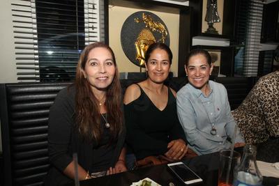 Rocío García, Lilia Orrante y Claudia Alvarado.