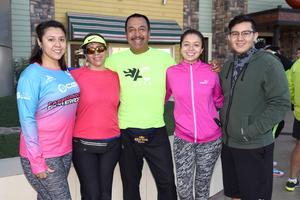 30102017 Erika, Lucía, Fer, Mayra y Daniel.
