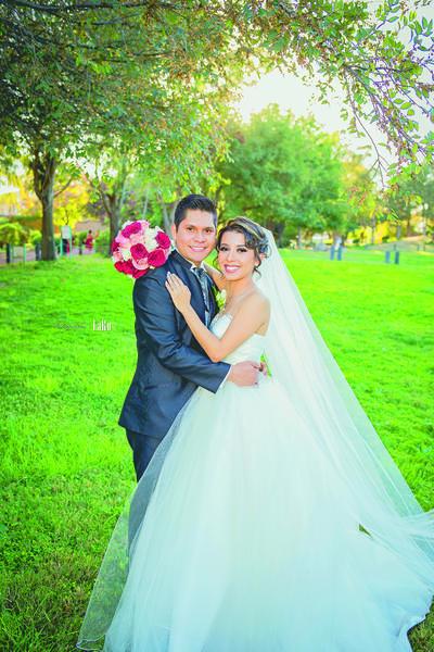 03122017 Marysol Berlanga de Sotomayor en espera de su hija, Tahani. - Erick Sotomayor Fotografía