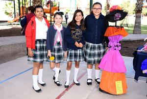 02112017 Ximena, Mariana, Emma y Ana Paola.
