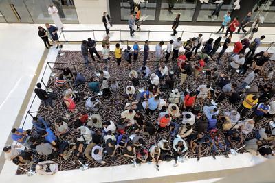 Dubai, en Emiratos Árabes Unidos, se sumó a las ciudades donde se registra una fiebre para adquirir el producto.